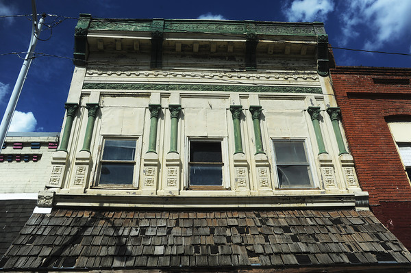 Globe/Roger Nomer<br /> The city of Sarcoxie is hoping to remodel this building at 509 Cross in downtown Sarcoxie.