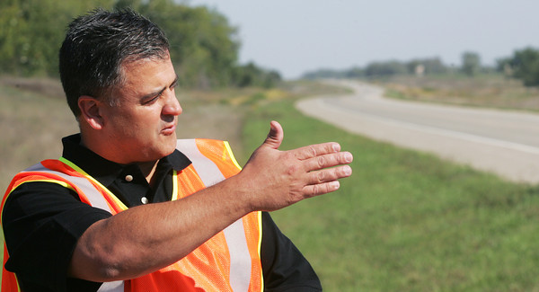 Globe/Roger Nomer<br /> Doug Parke, an engineer with Transystems, talks about changes to US Highway 69 during a tour on Friday.
