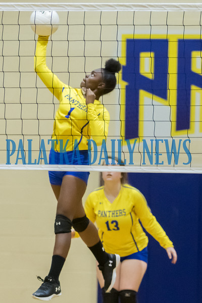 Palatka junior Khi'ya Lookadoo (1) goes up for a shot in the match with Crescent City. Fran Ruchalski/Palatka Daily News