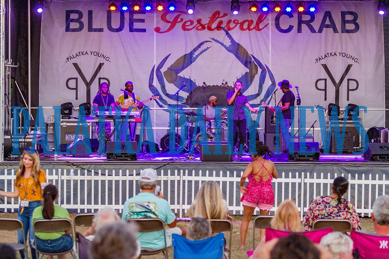 The Band Be Easy had the crowd dancing in front of the main stage Saturday evening. Fran Ruchalski/Palatka Daily News