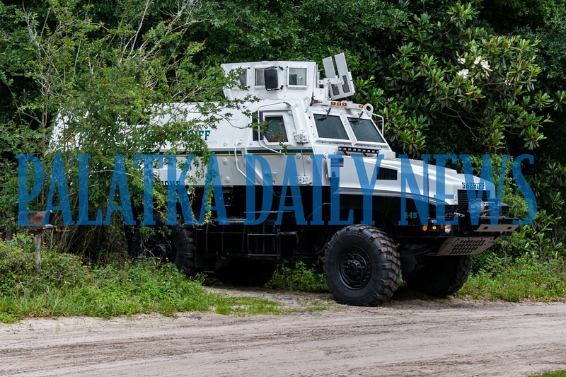 A Putnam County Sheriff's Office response vehicle emerges from the property after the suspect has been taken into custody and the threat has been eliminated. Fran Ruchalski/Palatka Daily News