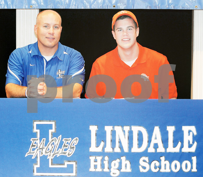 020613_lindale_signing