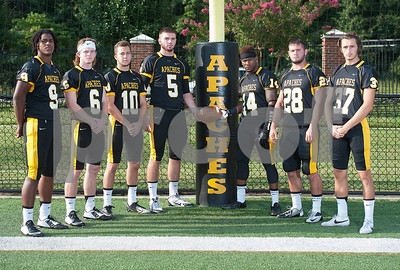 fresh-start-apaches-face-steep-learning-curve-with-68-freshmen