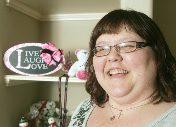 "Globe/Roger Nomer<br /> ""Live, laugh, love"" serves as Shannon Summer's motto after beating breast cancer two years ago."