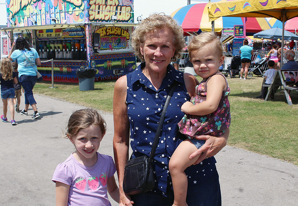 ELIJAH DURNELL | THE GOSHEN NEWS<br /> Cathy Graber with Ruby Graber, 2, and Jane Graber, 6