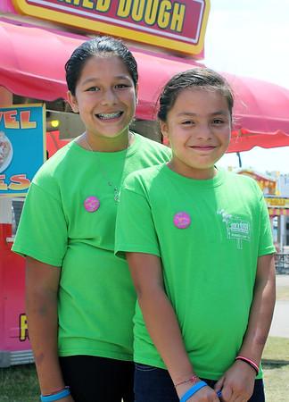 ELIJAH DURNELL| THE GOSHEN NEWS<br /> Olivia, 11, and Daniela, 9, both of Goshen