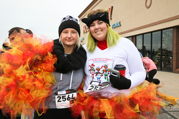 LEANDRA BEABOUT | THE GOSHEN NEWS<br /> Sarah Parker of Nappanee and Emily Nash of Elkhart