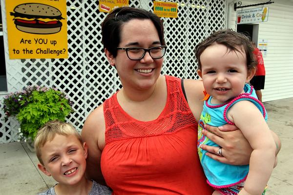 JOHN KLINE | THE GOSHEN NEWS <br /> Kyler Mayhill, 7, Sara Kiphart and Bailee Kiphart, 1