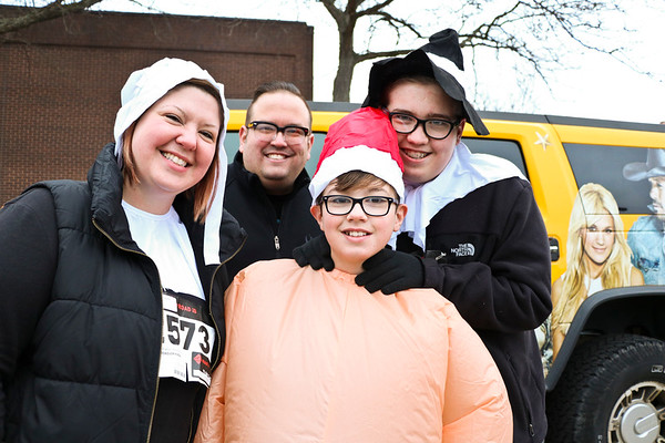 LEANDRA BEABOUT | THE GOSHEN NEWS<br /> The Peterman family. From left: Jessica, Jeff, Avery, 12, and Ayden, 15