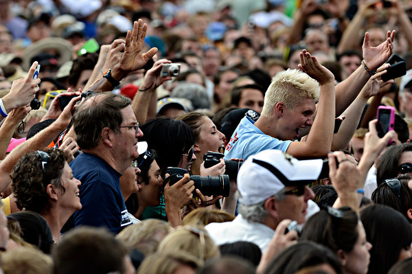 """Fans cheer for President Barack Obama after his speech on Norlin Quad at the University of Colorado in Boulder on Sunday, Sept. 2, 2012.  For more photos and videos visit  <a href=""""http://www.DailyCamera.com"""">http://www.DailyCamera.com</a>.<br /> (Greg Lindstrom/Times-Call)"""