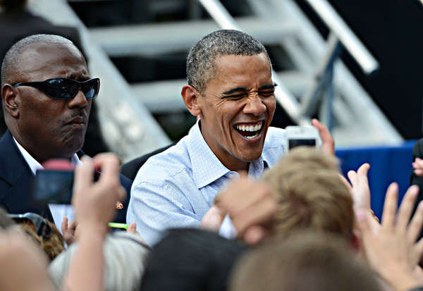 """President Barack Obama greets fans after his speech on Norlin Quad at the University of Colorado in Boulder on Sunday, Sept. 2, 2012.  For more photos and videos visit  <a href=""""http://www.DailyCamera.com"""">http://www.DailyCamera.com</a>.<br /> (Greg Lindstrom/Times-Call)"""