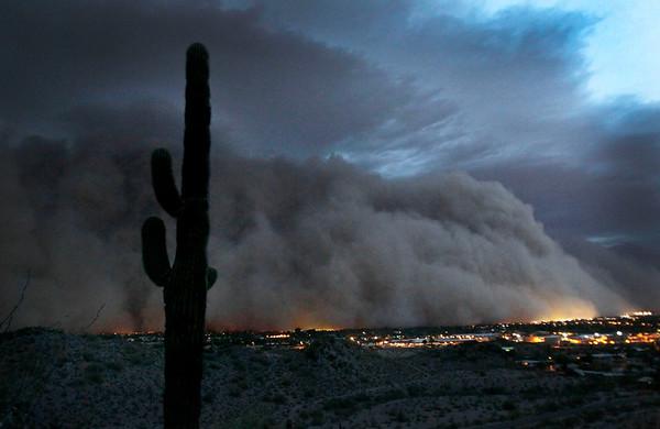 Dust Storm.JPEG-09495.JPG A giant dust storm covers Phoenix, Ariz., Tuesday, July 5, 2011. (AP Photo/The Arizona Republic, Rob Schumacher)