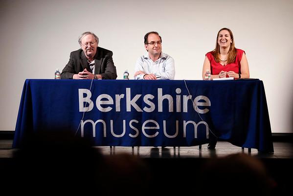 Pre-Presidential Debate Panel Discussion at Berkshire Museum-101916