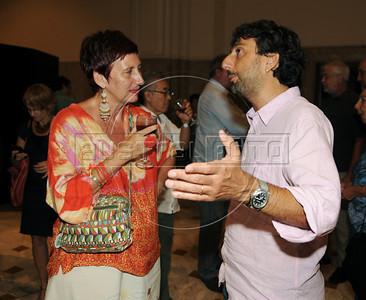 """Premio ACIE de Cinema 2012- Kakie Roubande, esq, e, Vicente Amorim, diretor do filme """"Coracoes sujos"""", Rio de Janeiro, Brazil, Abril 16, 2012. (Austral Foto/Renzo Gostoli)"""