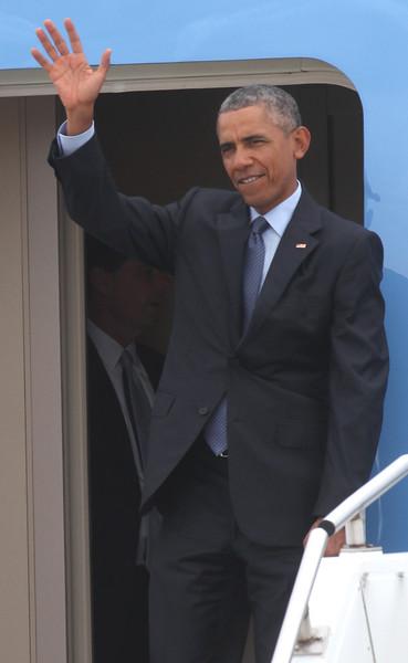 President Obama arrives at Selfridge 2015