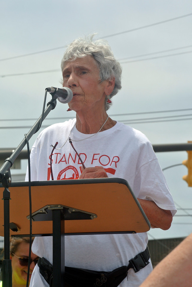 DAVID KNOX / GAZETTE  Sister Rita Petruziello, the Cleveland nun with the congregation of St. Joseph, who came up with the idea for the Circle the City with Love rally talks to the crowd of more than 2,000 participants.