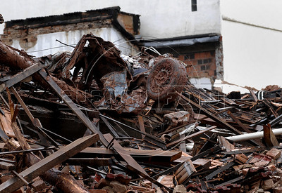 Damaged buildings are seen after a landslide in Nova Friburgo downtown, Rio de Janeiro state, Brazil, January 15, 2011. After six days of torrential rains, mudslides have killed more than 640 people in the Rio de Janeiro area. (Austral Foto/Renzo Gostoli)
