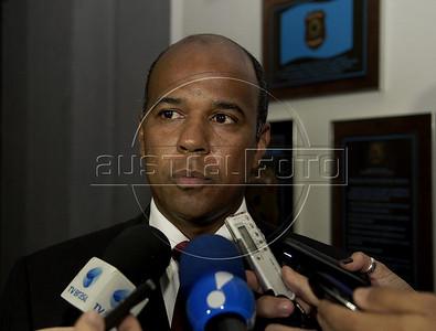 Valmir Lemos de Oliveira, new Rio de Janeiro's Policia Federal (Federal Police) superintendent, speaks to journalists, Rio de Janeiro, Brazil, May 5, 2011. (Austral Foto/Renzo Gostoli)