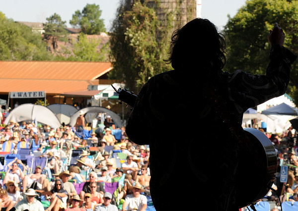 "Darrell Scott rocks out to the crowd during his performance at the Rocky Mountain Folks Festival on Friday, Aug. 13, at the Planet Bluegrass Ranch in Lyons.<br /> Jeremy Papasso/ Camera<br /> <br /> For photo gallery and video go to  <a href=""http://www.dailycamera.com"">http://www.dailycamera.com</a>"