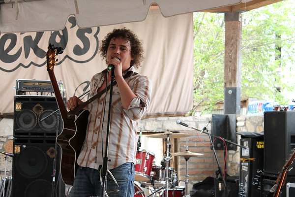 The Yawpers' Nate Cook at Guero's during South By Southwest Music Festival.<br /> March 13-18, 2012, Austin.<br /> Ashley Dean / Colorado Daily
