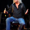 BEN GARVER — THE BERKSHIRE EAGLE<br /> Arlo Guthrie leads a chat with the audience during Shenandoah Concert at the Guthrie Center in Great Barrington.  Shenandoah, in various forms through the years, has been playing with Guthrie since 1975.