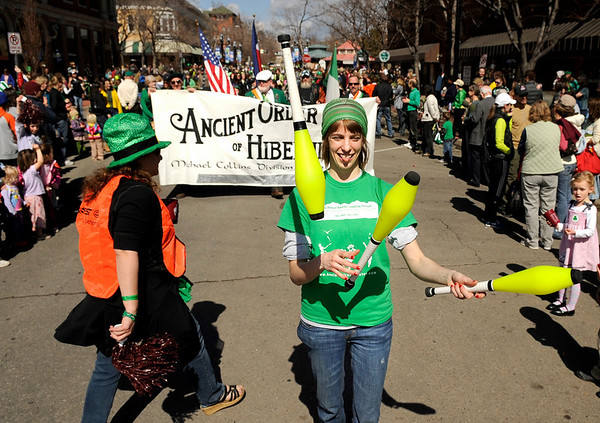 """Bekah Smith, of Boulder, shows her juggling skills during the St. Patricks Day parade on Sunday, March 13, on 13th Street in Boulder. For more photos and video of the parade go to  <a href=""""http://www.dailycamera.com"""">http://www.dailycamera.com</a><br /> Jeremy Papasso/ Camera"""
