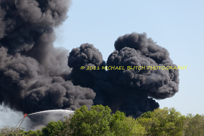 [Filename: tampa wharehouse fire-24.jpg]   Copyright 2011 - Michael Blitch Photography