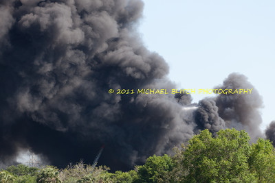 [Filename: tampa wharehouse fire-41.jpg]   Copyright 2011 - Michael Blitch Photography