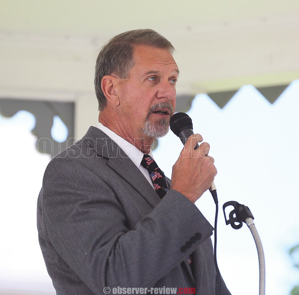 Retired Air Force Officer Ken Gilbert was the keynote speaker at Dundee's ceremony.