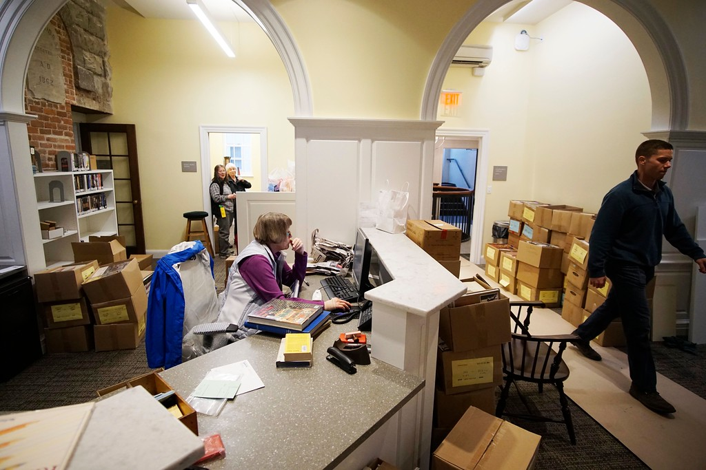 . Staff and volunteers at the Stockbridge Library are working to get ready to open, Tuesday, April 26, 2016. Ben Garver � The Berkshire Eagle | photos.berkshireeagle.com