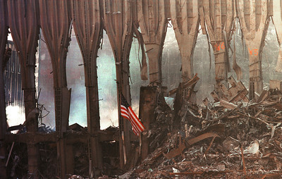 """N01-0061-1/32  world trade center bombing;  """"Ground Zero""""; WTC area a month after the bombing.  Photo: Shahar Azran     10-16-01  212-7692443"""