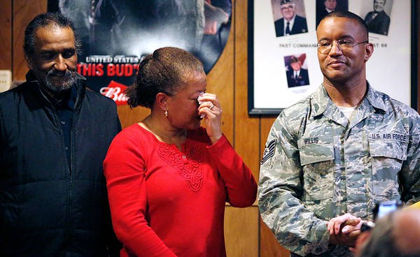 Tech Sgt. Shane Willis returns home after fifth deployment-022417