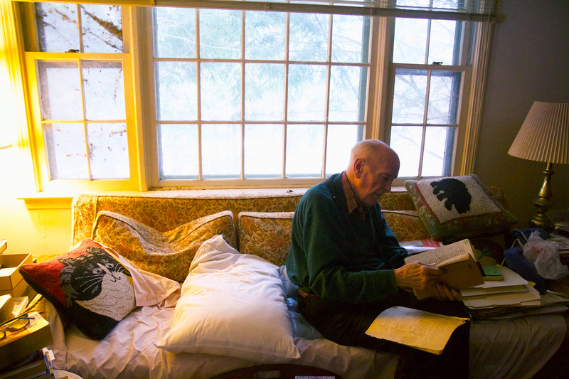ELODIE REED - FOR THE BENNINGTON BANNER Lion Miles sorts through his many historical notes on the Battle of Bennington in his Stockbridge home on Saturday, Jan. 26, 2019. Miles and Shaftsbury historian Phil Holland will give a presentation at the Bennington Museum on Feb. 2 about Sipp Ives, a black Green Mountain Boy from present-day Cheshire, Mass. who fought and died at the Battle of Bennington.