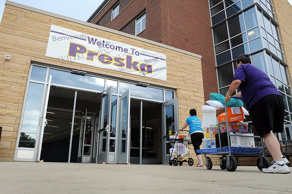 John Cross<br /> Student's belongings are rolled into the new Margaret Preska Residential Hall at MSU during Thursday's move-in day.