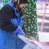 Kiwanis Lights ice carving 3