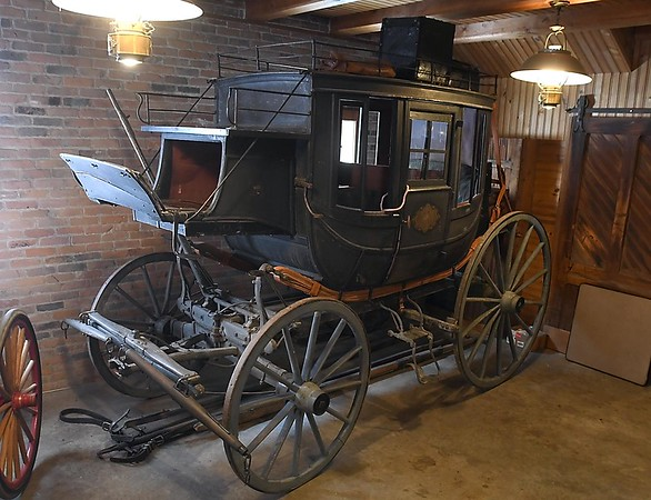 Hubbard House carriage