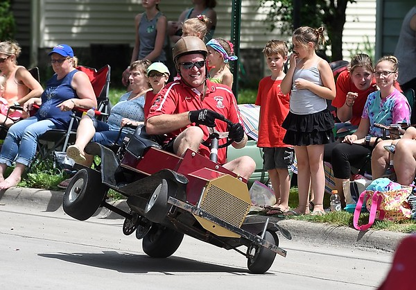 North Mankato Fun Days parade 2