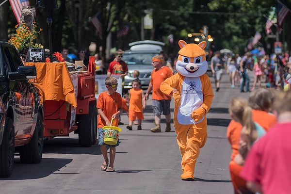 The Woodfellas chipmunk mascot walks on Belgrade Ave. during the North Mankato Fun Days Parade. Photo by Jackson Forderer