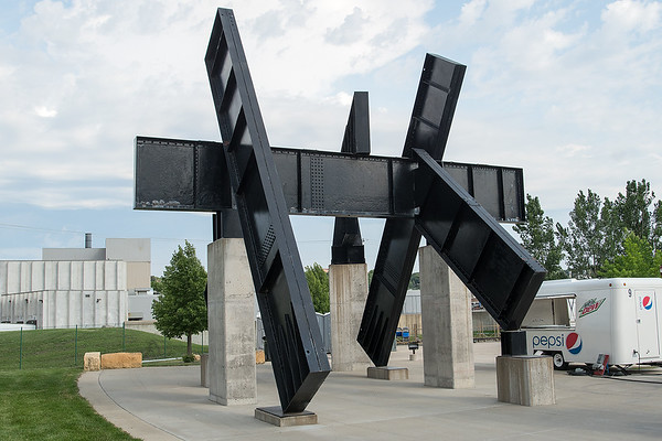 The sculpture by Dale Eldred titled Mankato Piece at Riverfront Park. Photo by Jackson Forderer