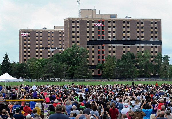 John Cross<br /> Thousands of spectators wait in anticipation during the 10-second countdown until charges were detonated Saturday morning to bring down Gage Towers.