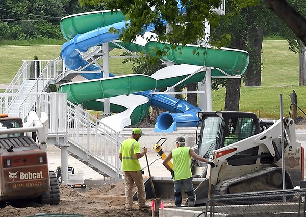 Spring Lake Park pool construction 2