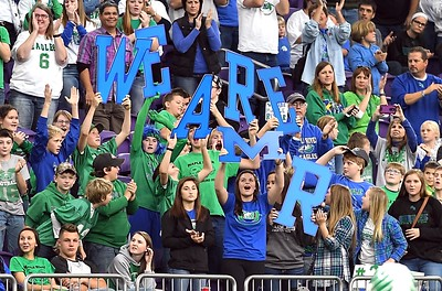 Maple River football fans