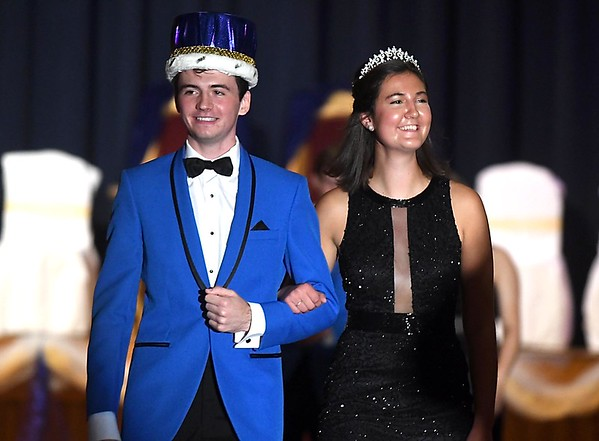 Loyola crowns homecoming king & queen