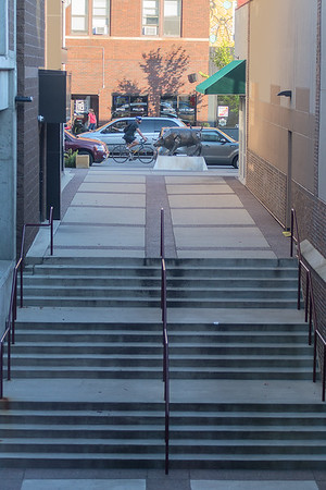 The alleyway between Pagliai's and Primp Boutique on Front Street leads to the public parking ramp on Riverfront Avenue. Some business owners in the area think the alleyway is not visible enough. Photo by Jackson Forderer