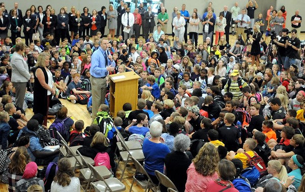 Prairie Winds Middle School opens 2