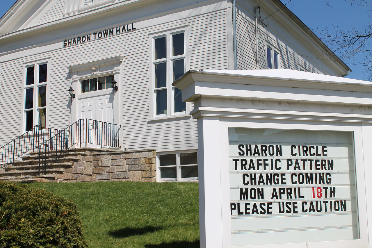 LAWRENCE PANTAGES / GAZETTE The message board outside the Sharon Township town hall notified drivers that traffic patterns around the circle at state Route 94 and state Route 162 will change beginning Monday.