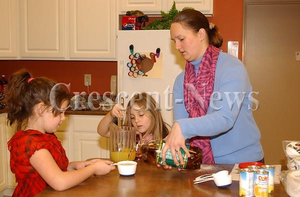 12-28-13 NEWS Children's Cooking Class
