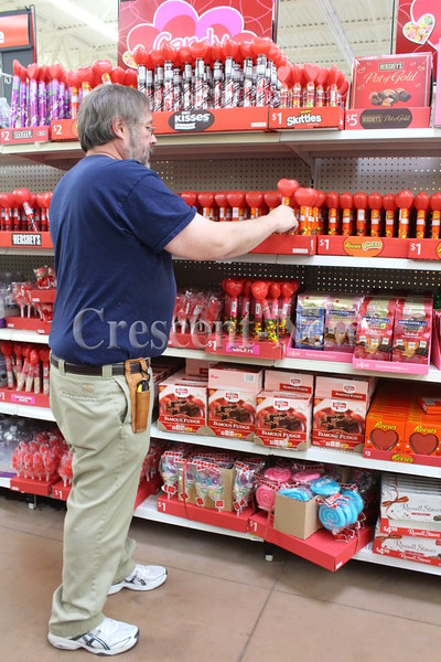 12-30-13 NEWS Valentines Day stock
