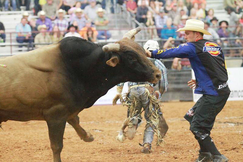 Brent Thurman memorial bull ride