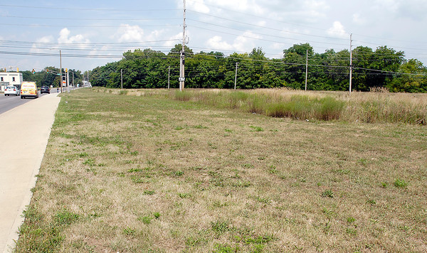 Shot of the proposed downtown site for Ivy Tech looking northeast from  4th & Jackson Streets.